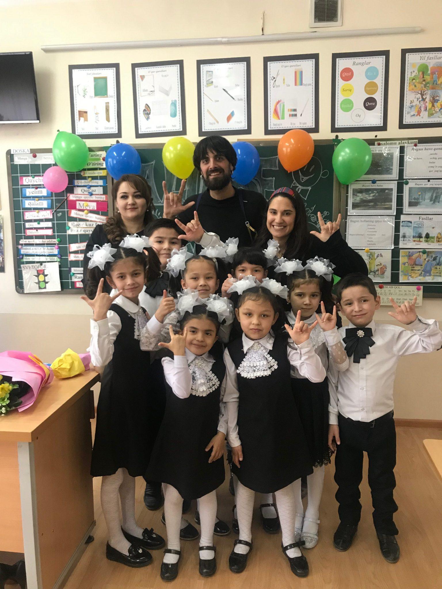 Escuela de niños sordos en Tashkent