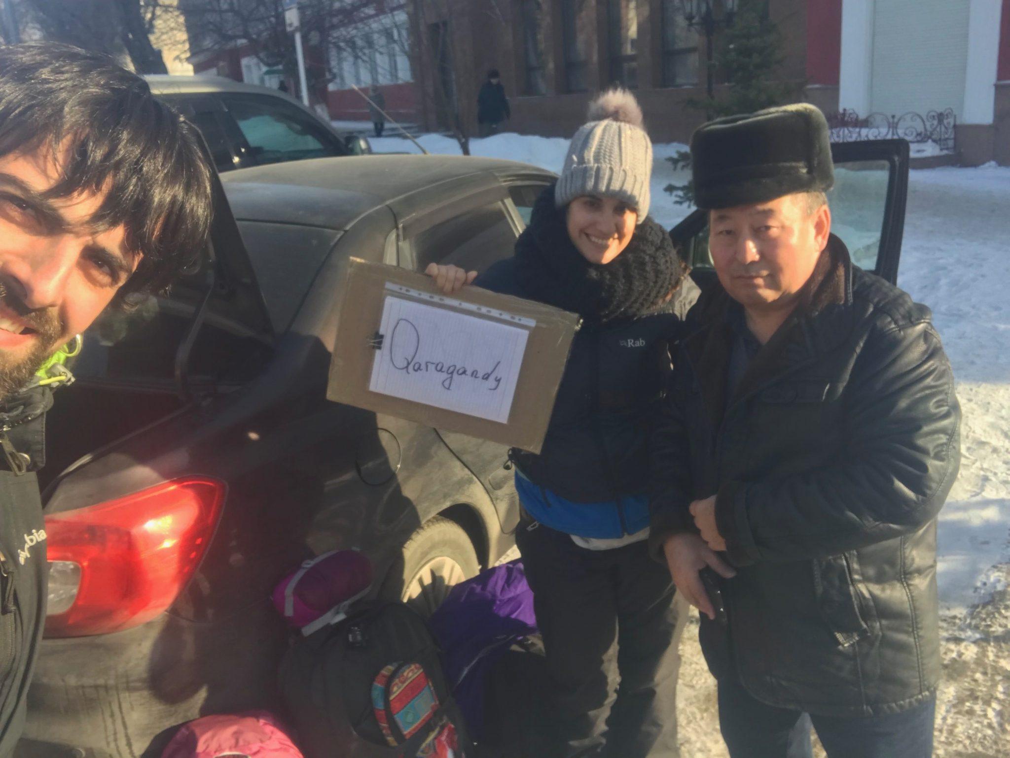 Con nuestro conductor en Karaganda