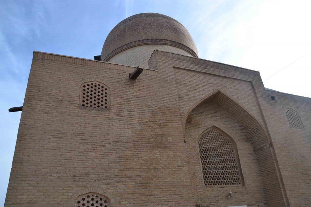Mausoleo Oq Saroy