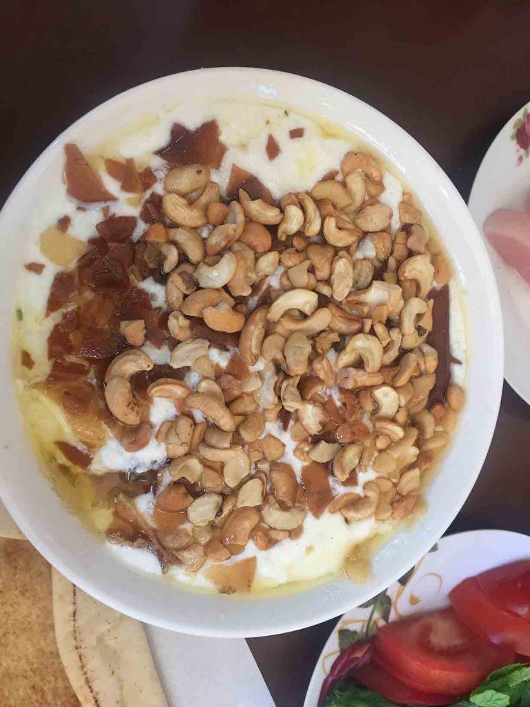 El mejor hummus del mundo mundial. Más información del restaurante, nos escribís