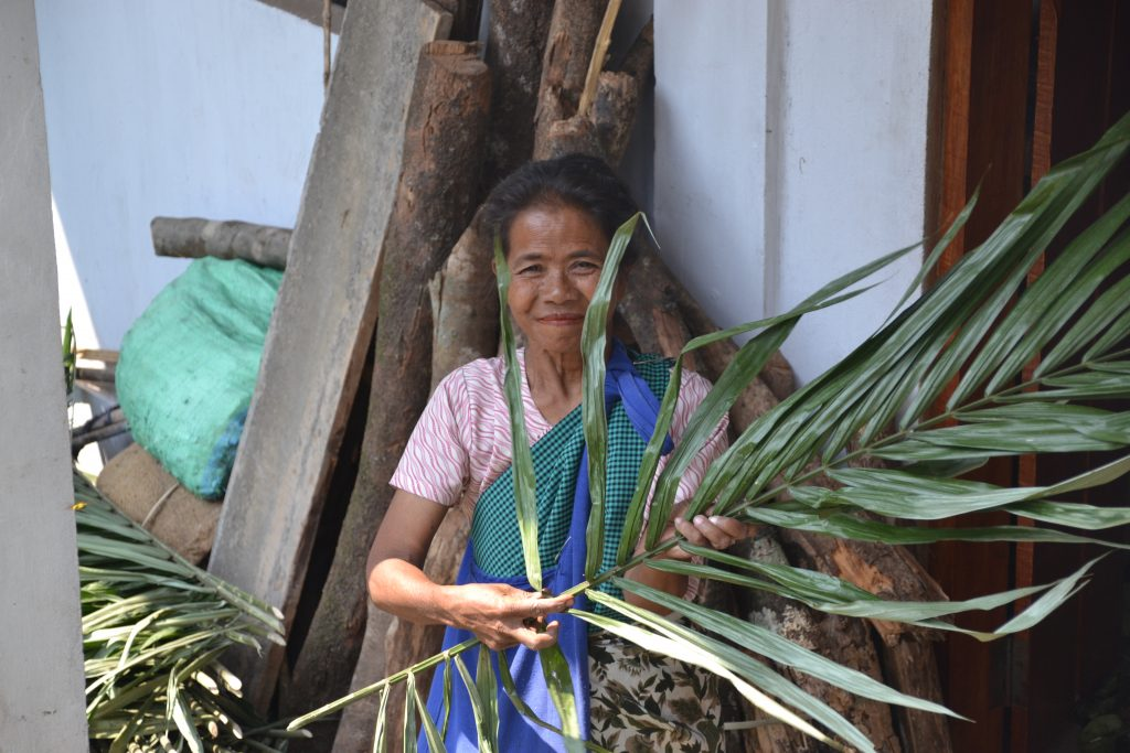 Mujer Khasi en Nongriat