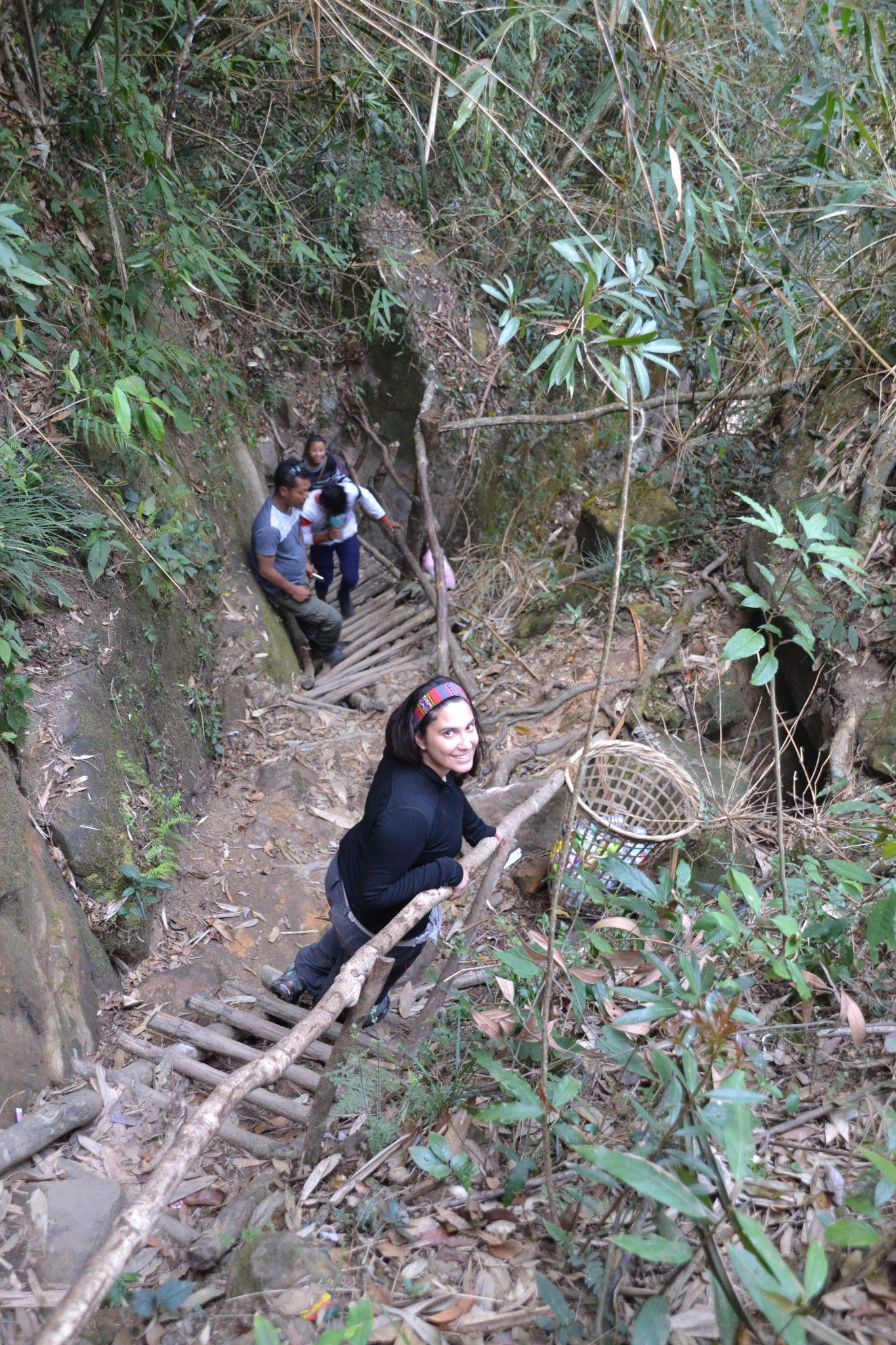 Trekking camino a las casacadas Wei Sawdong