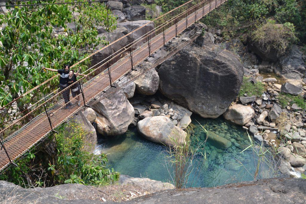 Trekking en puentes colgantes de Cherrapunji