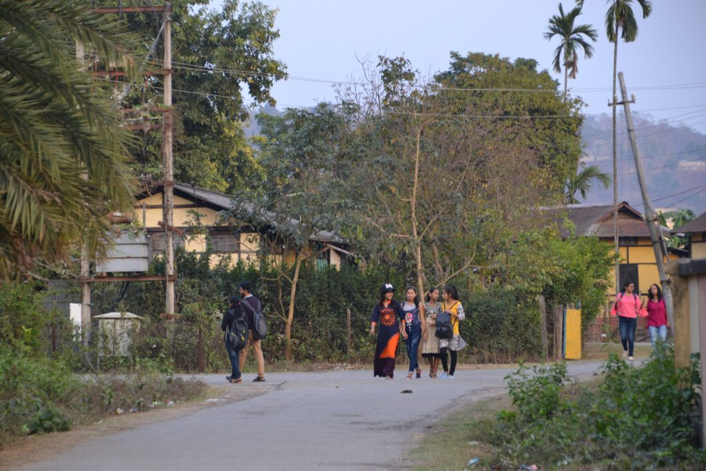 Paseando por los barrios de periferia de Guwahati
