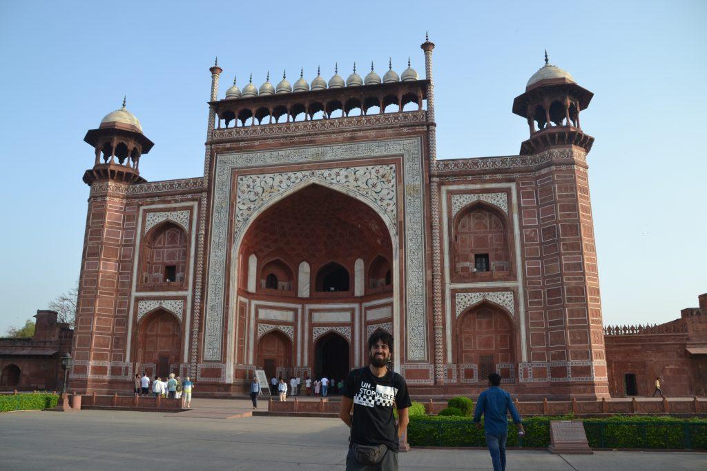 Puerta de entrada a Taj Mahal