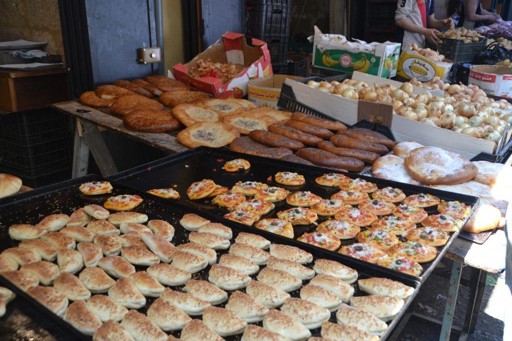 Puesto de comida en Tripoli